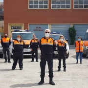 Felix Sánchez, en primer término, junto con sus compañeros de Protección Civil. INFORMACIÓN